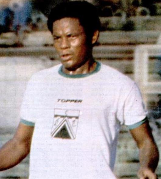Rodrigues Neto no Ferro Carril. Crédito: revista Placar - 11 de maio de 1979.