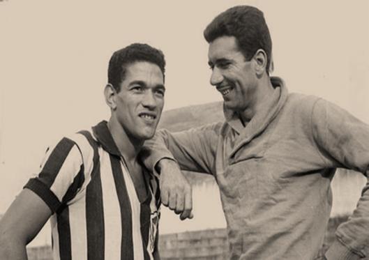 O compadre Mané Garrincha. Amizade até o último dia. Crédito: revistafootball.com.br.