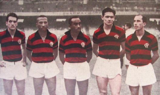 Partindo da esquerda: Joel, Rubens, Adãozinho, Benitez e Esquerdinha. Crédito: revista Esporte Ilustrado número 755 - 25 de setembro de 1952.
