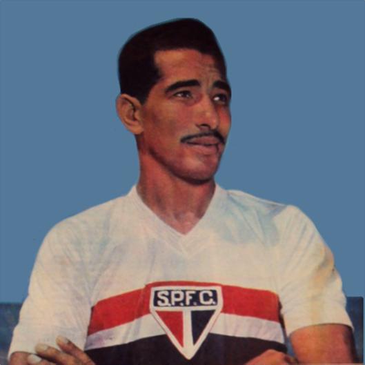 Crédito: revista O Cruzeiro - Encarte ídolos do futebol brasileiro.