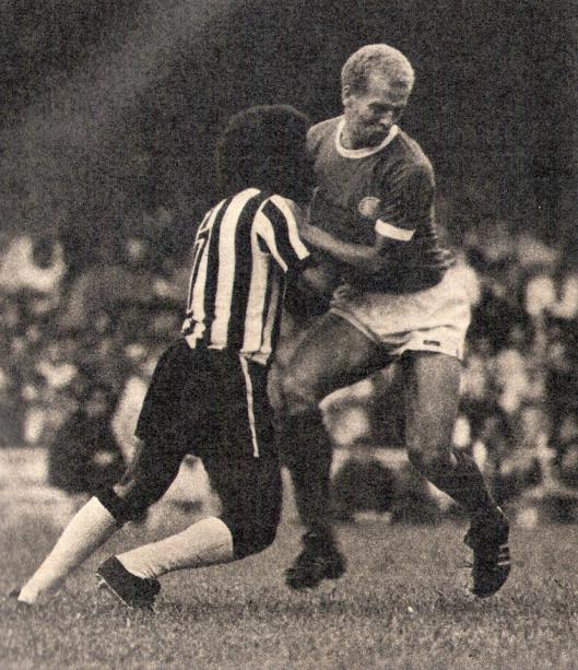 Zequinha e Ademir da Guia na final do campeonato Brasileiro de 1972.