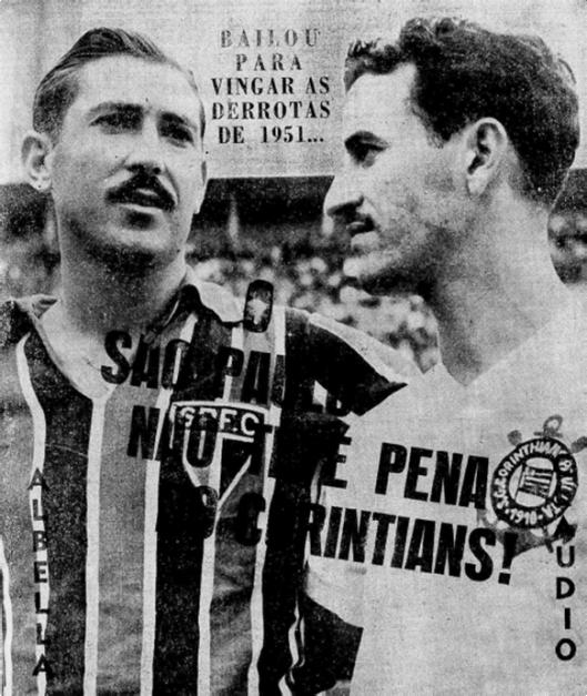 Albella e Cláudio Christóvam de Pinho antes de mais um clássico no Pacaembu. Crédito: Jornal Mundo Esportivo número 360 – Primeiro de julho de 1952.